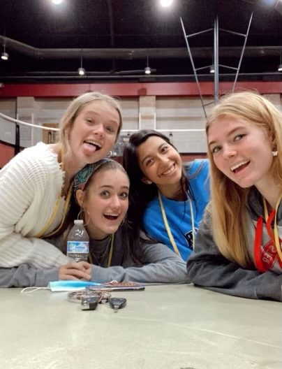 Seniors Ansley Pounds, Hailey Sims, Hannah Bhatt and Ella Boyce at lunch together enjoying a little normalcy in this crazy year. Photo by Ella Boyce